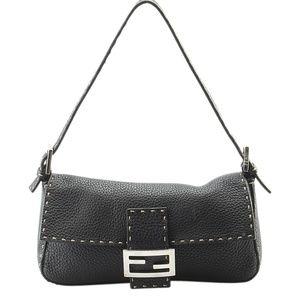 Fendi Black Leather Pochette  (142793)